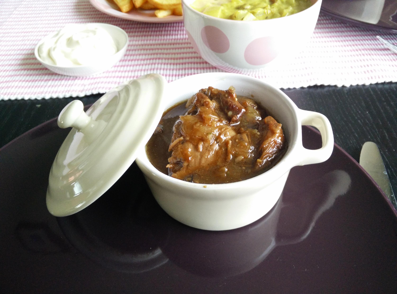 Belgische varkenswangetjes met kriekbier en peperkoek